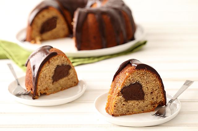 Recipe Page_Banana-Fudge-Bundt-Cake-5071-hi-res