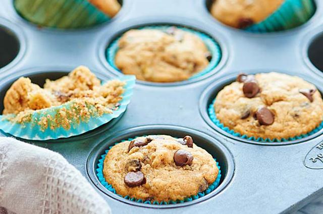Vegan-Banana-Chocolate-Chip-Muffins-Show-Me-the-Yummy-2_Resized Recipe Image
